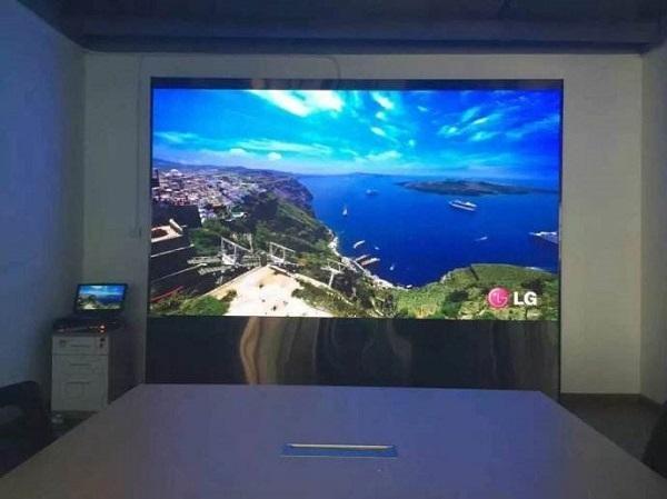 盐山室内P2.5LED显示屏